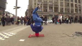 Skill Dealers Crew - Amsterdam DamSquare - Break Dance Show - RAW - Street entertainment.