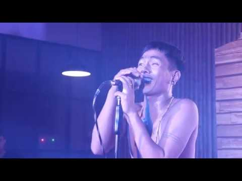 Fourtwnty - Mengitung Hari Live Lawang Cafe Karawang