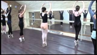 """Урок на пуантах в Балетной Школе """"Реверанс"""" (любители)"""