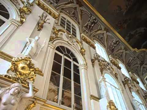 see the inside of the winter palace in st petersburg. Black Bedroom Furniture Sets. Home Design Ideas