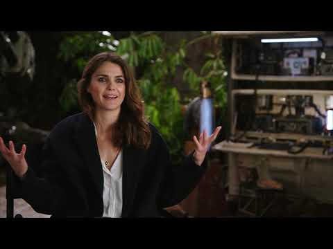 Keri Russell Discusses Zorii Bliss On Rise Of Skywalker Youtube