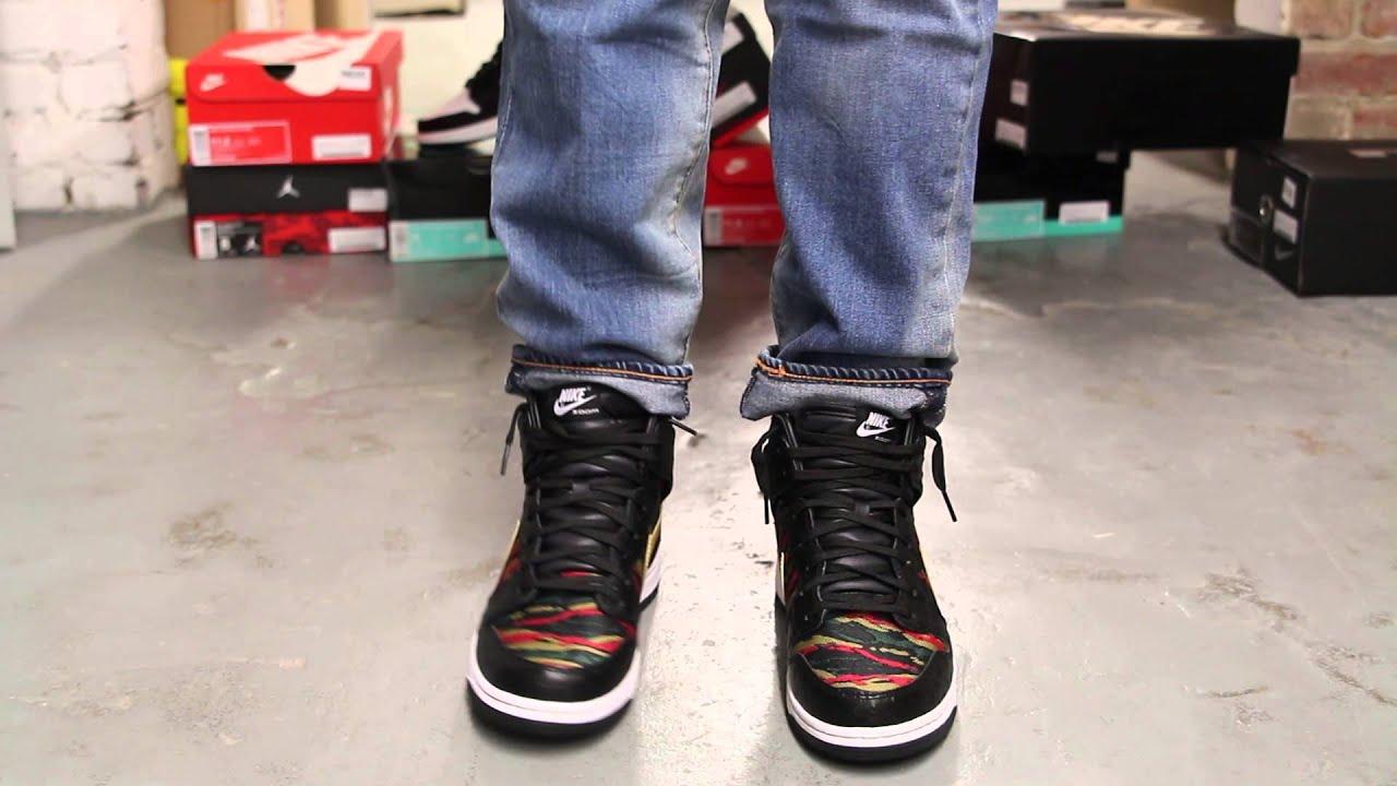 timeless design 40ede 5ad3f Nike Dunk CMFT PRM QS