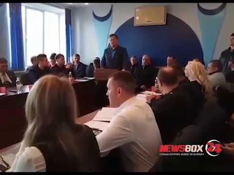 В Партизанске депутатов коммунистов, голосовавших за мэра Единороса исключили из партии