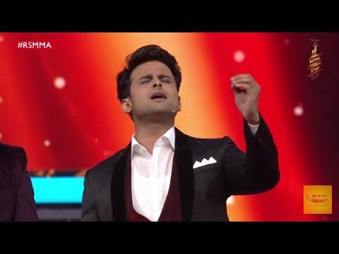 Sanket Bhosale imitates Sonu Nigam and Salman Khan at Royal Stag Mirchi Music Awards | #RSMMA