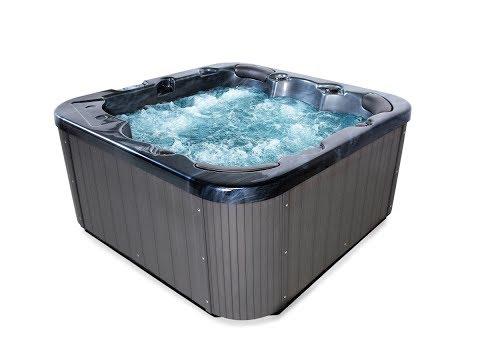 outdoor whirlpool zeus schwarz mit 44 massage düsen heizung ozon