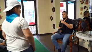 """Перчатки с первого боя Хабиба Нурмагомедова в UFC нашлись в летнем английском лагере """"Гений"""""""