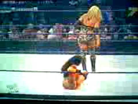 Gail Kim 2009 Gail kim vs michelle m...