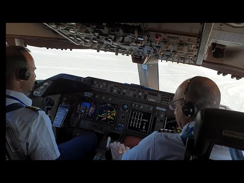 BOEING 747, THE JUMBO JET  TAKEOFF.  NICE COCKPIT AND PILOTS VIEW