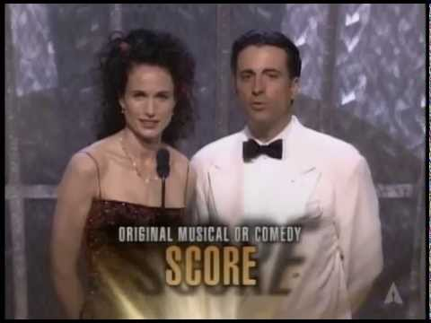 Shakespeare in Love and Life Is Beautiful Win Music Score Awards: 1999 Oscars