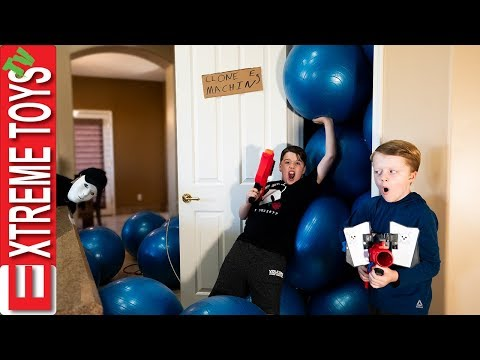 Sneak Attack Squad gets Hacked! Ethan and Cole Nerf Battle with The Venom!