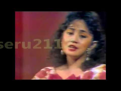Jayanthi Mandasari - Di Puncak Hijau
