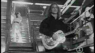 Watch Warren Zevon Run Straight Down video