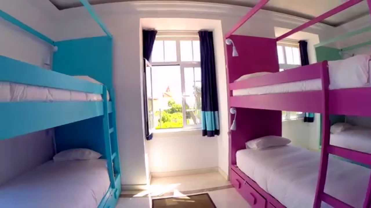 Blue boutique hostel youtube for Boutique hostel