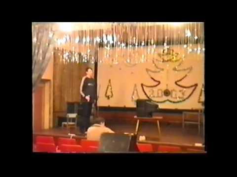 Песня Звезда по имени Солнце.Поет Павел Лясковский.