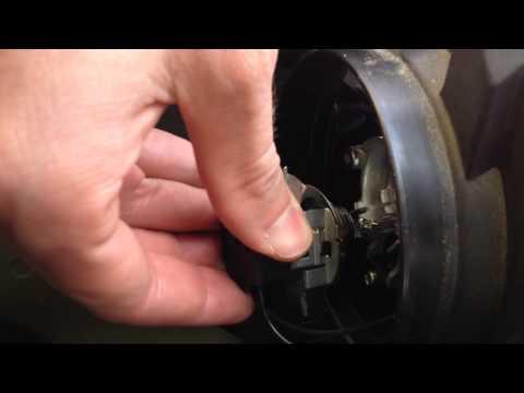 Citroen C3 picasso : changer ampoule de phare avant