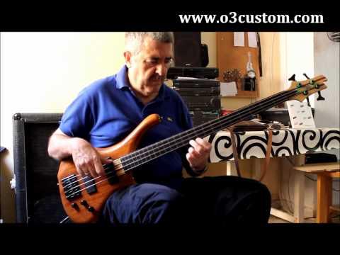 o3 Lithium fretless bass, played by Fafi Molina