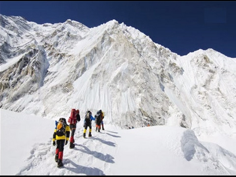 Nepal unveils plan to connect Everest base camp with free broadband