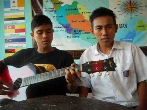 Meraung Cover By Kechik & Arenip