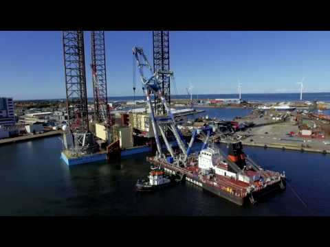 Maersk Guardian accommodation lift