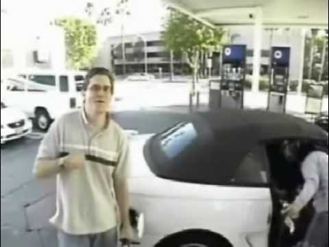 Hilarious Gas Pump Prank