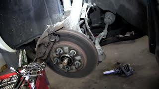 Replacement of Front Complete Strut Assemblies on a 2000 Chrysler Cirrus l SENSEN Shocks & Struts
