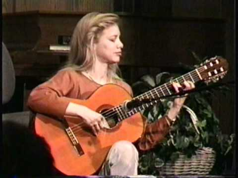 "Muriel Anderson plays Jerry Reed's ""The Claw"" in 1997."