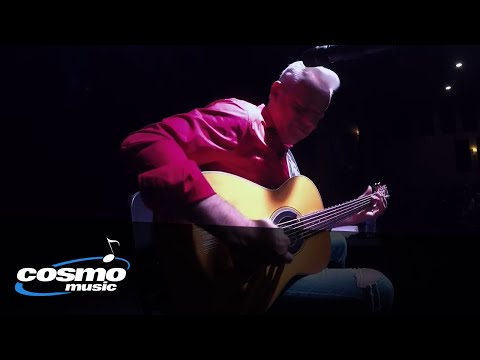 Tommy Emmanuel Guitar Medley - Live at the Cosmopolitan Music Hall