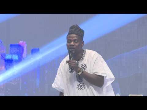 Video (skit): MC Shakara Says No ONe Should Spray Onyeka Onwenu at AY Live