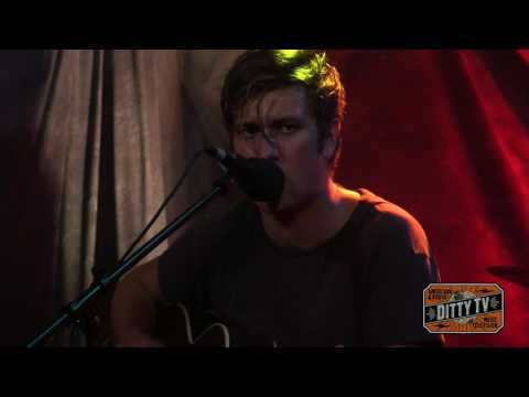 "Bobby Long performs ""I'm Not Going Out Tonight"" on Ditty TV"