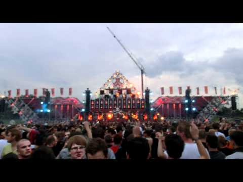 Coone playing Music is Art @ Defqon 1 2012
