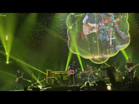 2017.4.7 Coldplay AHFOD TOUR Bangkok - Yellow