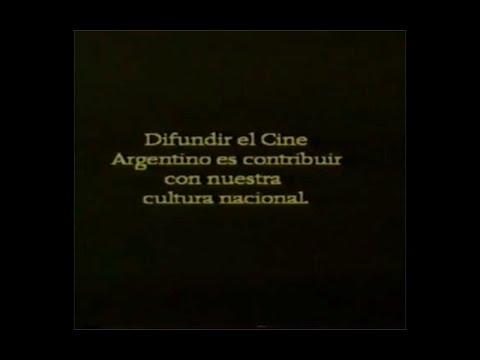 El centroforward murió al amanecer (Rene Mugica, 1961)