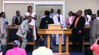 Praise Break | To God Be The Glory
