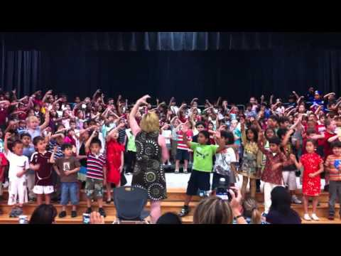 Cedric - Kindergarten song presentation - End of year ceremony 1