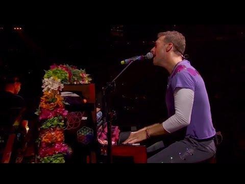Coldplay performing 'Raspberry Beret' in Minneapolis - August 12, 2017