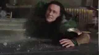 Халк  Гонит - Мстители, Смешной прикол с фильма!