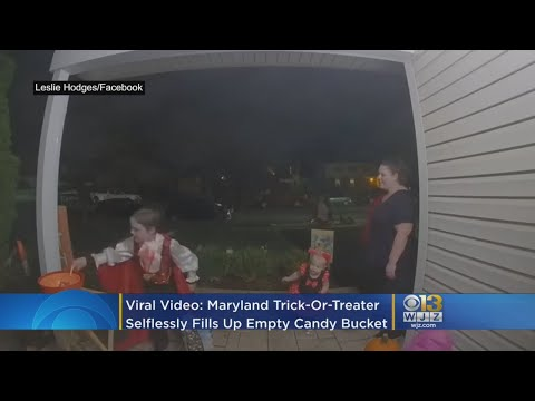 Vic Porcelli - Selfless Boy Leaves Candy For Other Kids From His Own Candy Haul