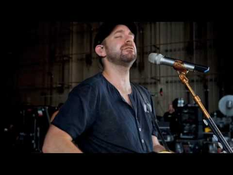 Sugarland and Little Big Town cover Marc Cohn's