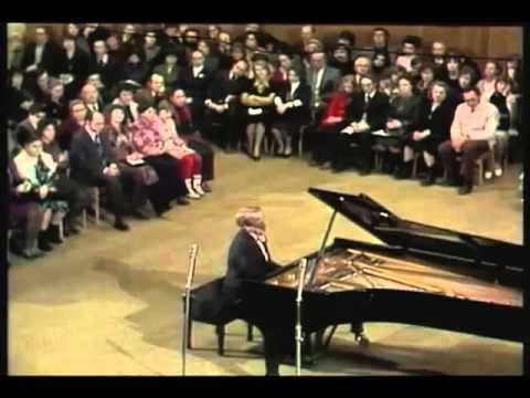 Emil Gilels - Beethoven - Piano Sonata No 12 in A flat major, Op 26