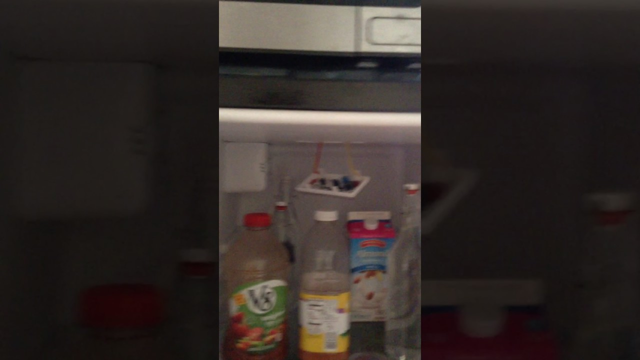 Fix Refrigerator Light Flashing on