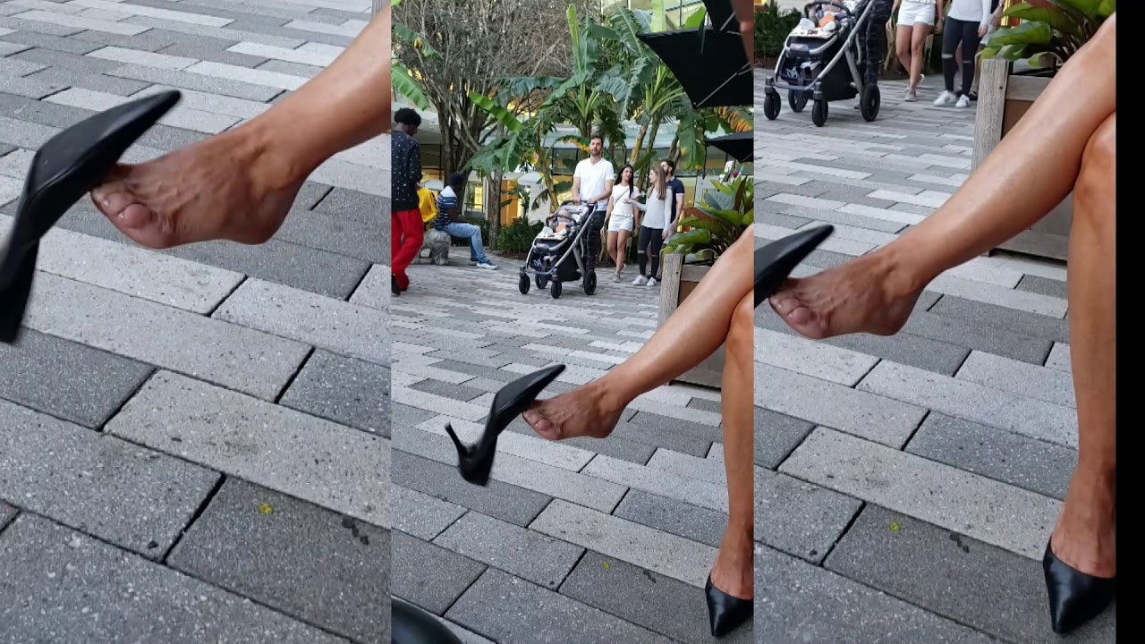 201903 (LOL) Who looks at the dangling stiletto?