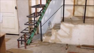 Лестница  на второй этаж , как сделать