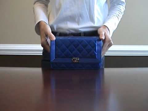 8228950d89ba Chanel Boy Wallet On Chain Review (WOC) - YouTube