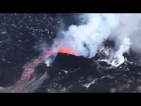 Incredible Helicopter Flight Over Fissure 8 Kilauea Volcano (HD) - Short Version