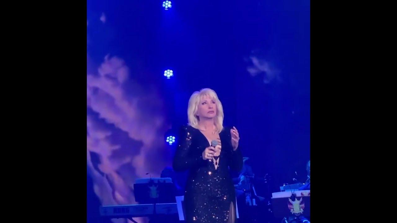 Ирина Аллегрова на творческом вечере Игоря Крутого в Минске