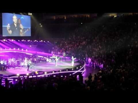 Chris Tomlin - Glorious ruins(Hillsong Conference)