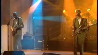 KEZIAH JONES - Million miles from home - NPA LIVE - 1995