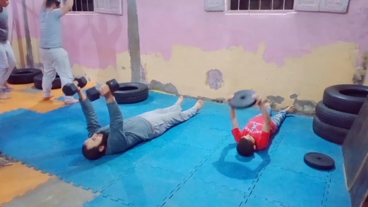 تدريب اللياقة البدنية في اكاديمية الاتحاد بأولاد خلف