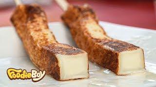 Roasted Cheese / Korean Street Food / Insa-dong, Seoul Korea / 모짜렐라 치즈구이 / 서울 인사동 길거리 음식
