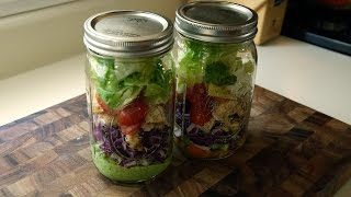 How To Make A Colorful Mason Jar Salad + Two Easy Dressings